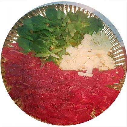 carpaccio-rubia-gallega-rucula-y-queso-parmesano